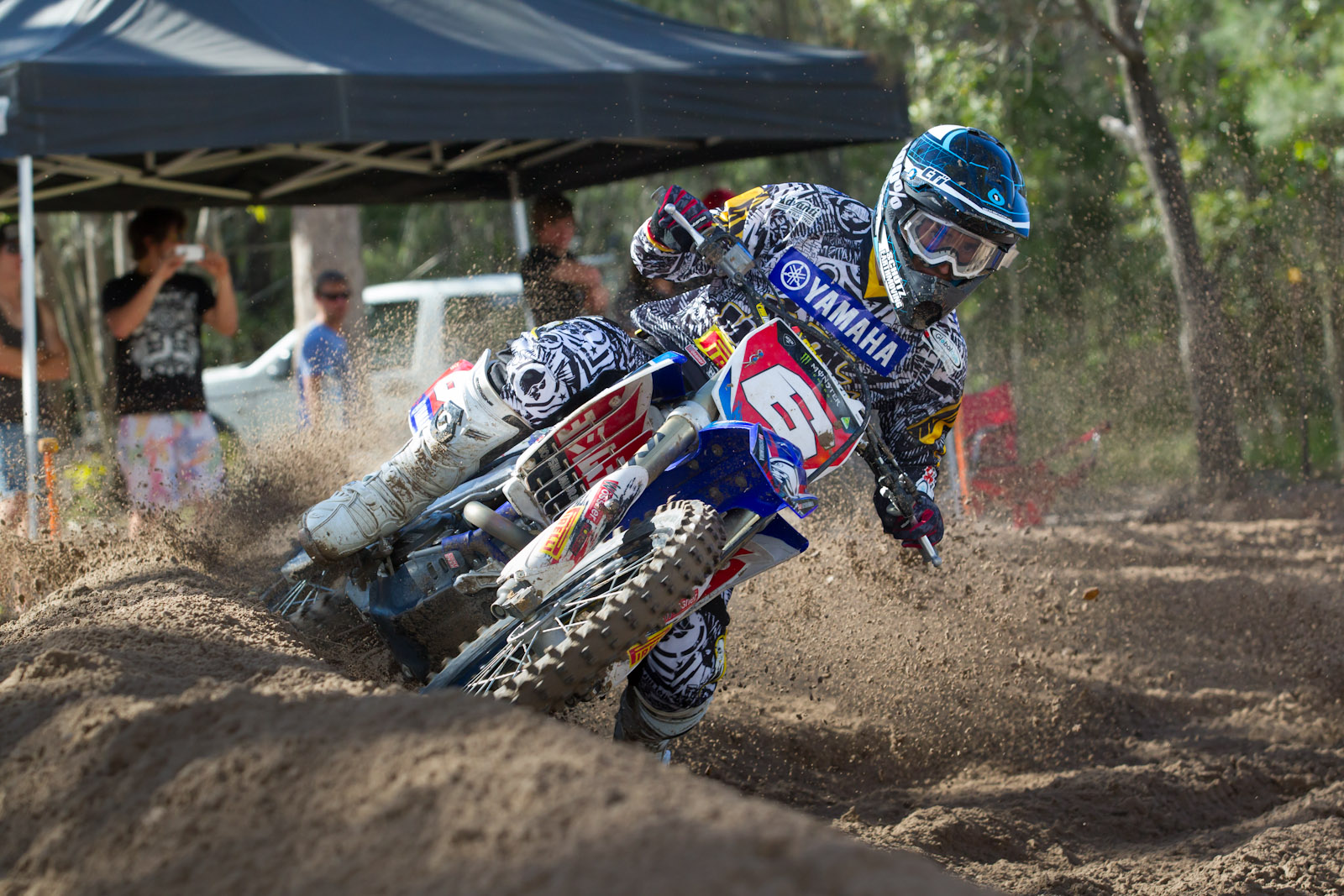 Serco Yamaha Confirm Styke and Clout for 2013