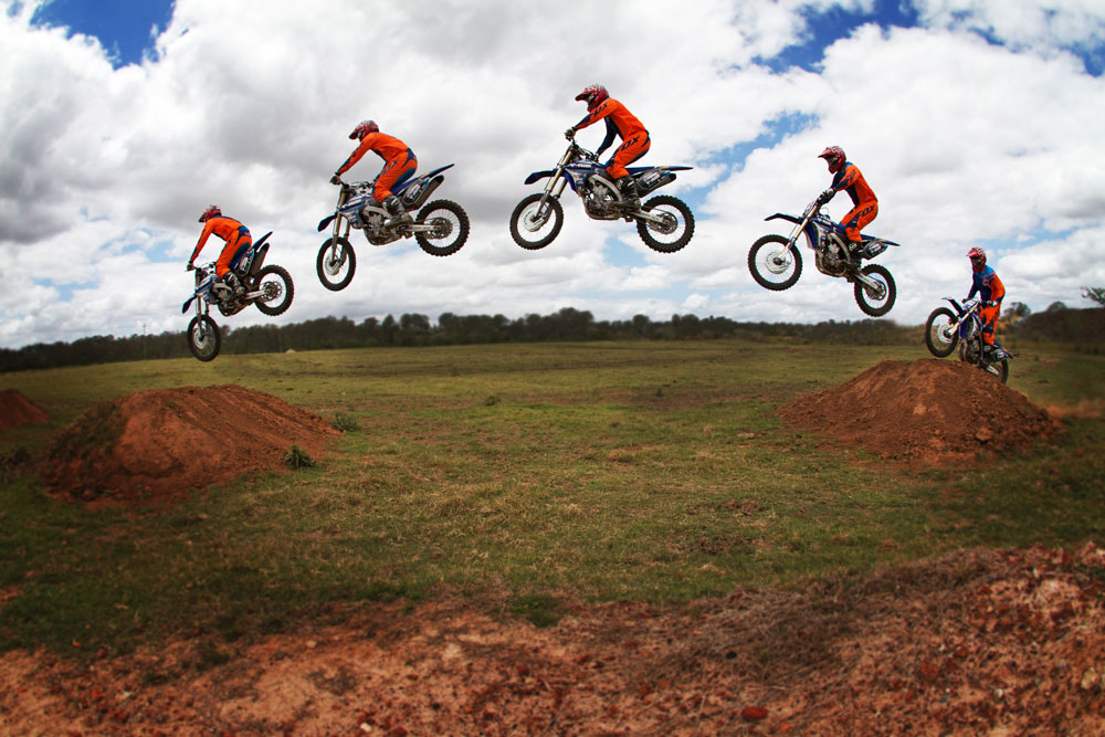 Motocross Riding Tip: Jumping Doubles