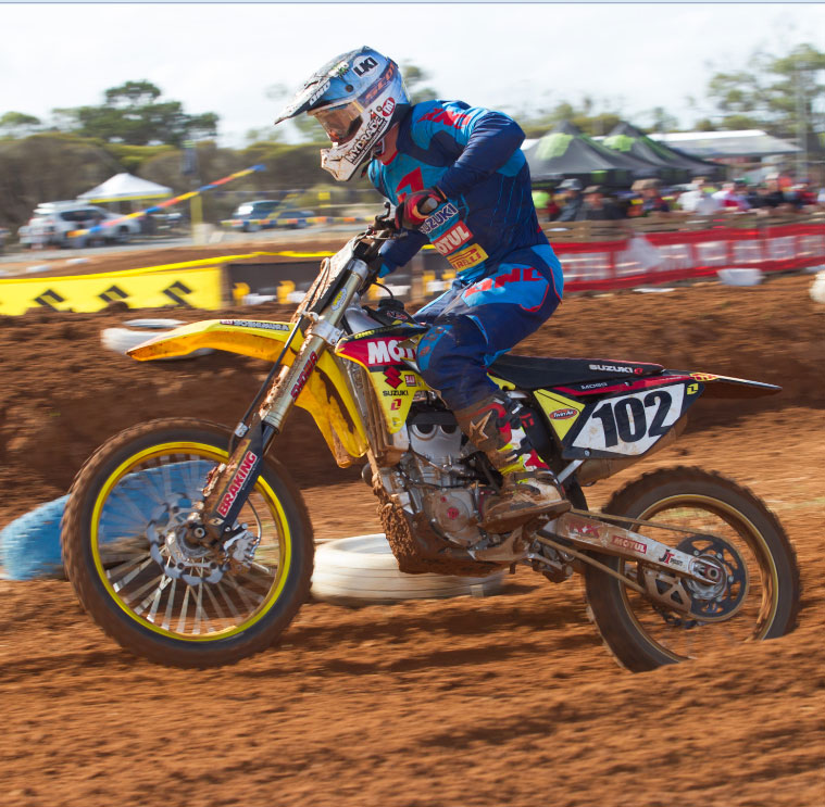 Moss and Cooper Continue Form for Motul Pirelli Suzuki in South Australia