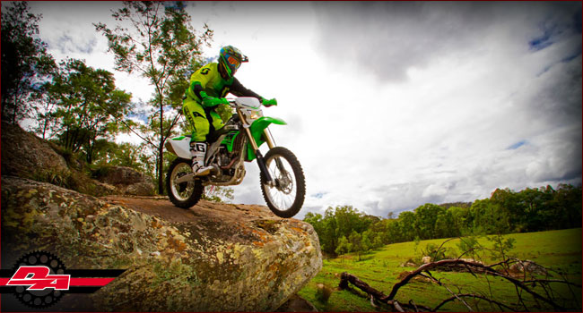 Trail Riding Tip: 8 TIPS TO TACKLE BIG DROPS