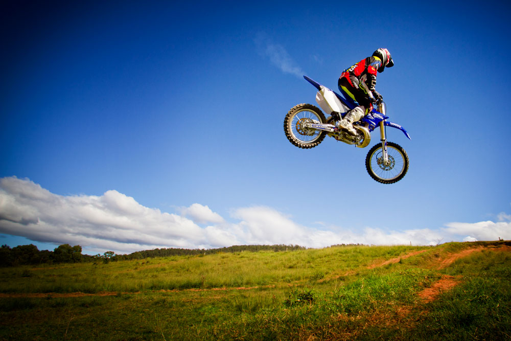 Motocross Riding Tip: Racing Two Strokes