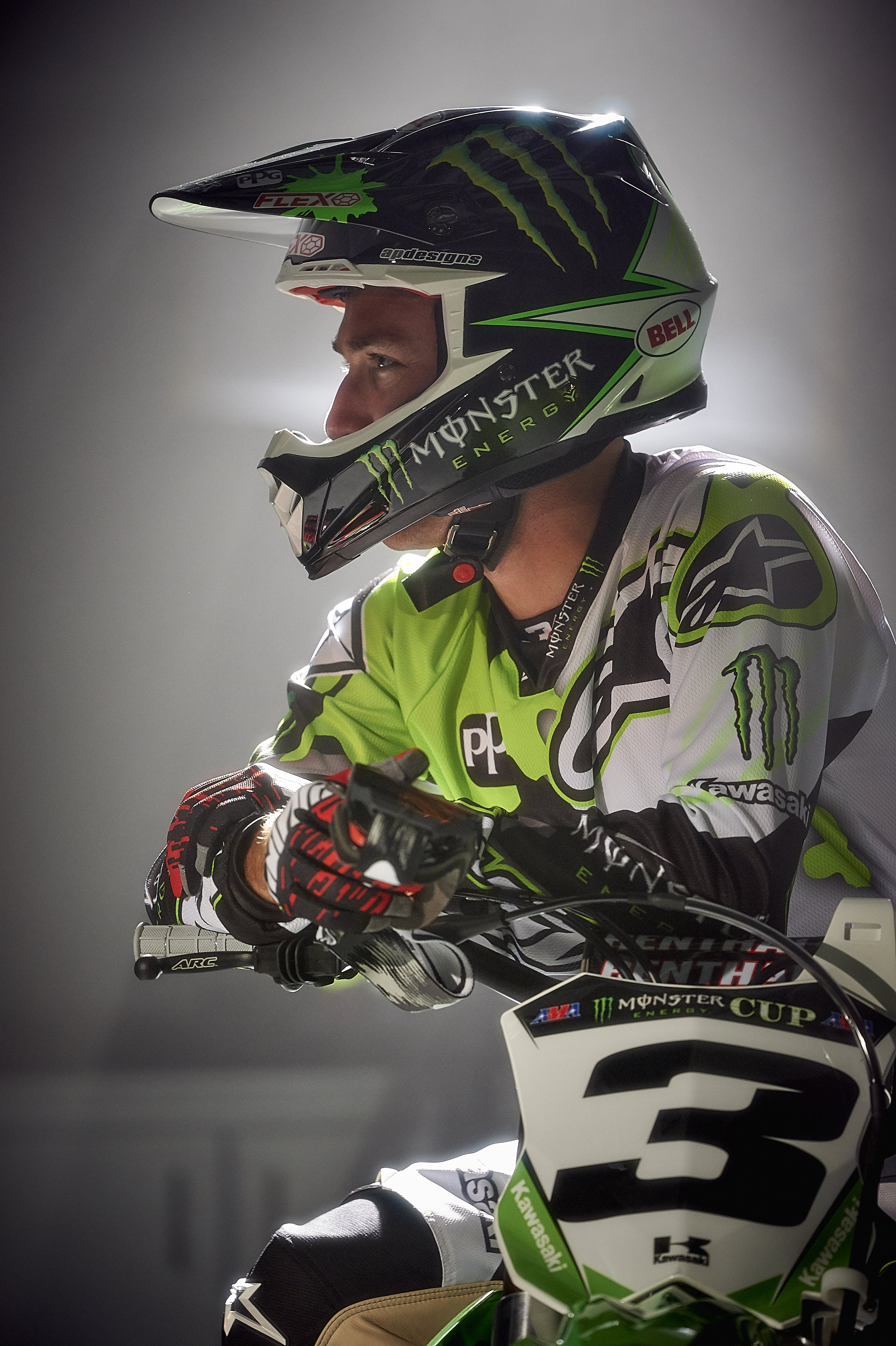 Bell Helmets Signs Sx And Mx Champion Eli Tomac Dirt Action