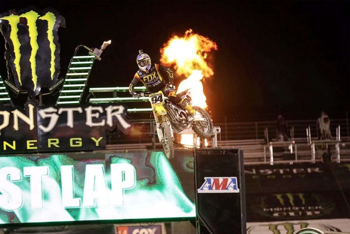 Ken Roczen wins the 2015 Monster Energy Cup