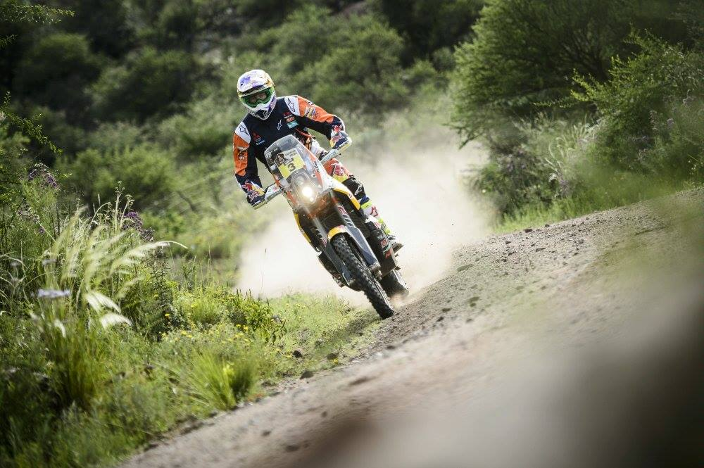 Price Leads Dakar