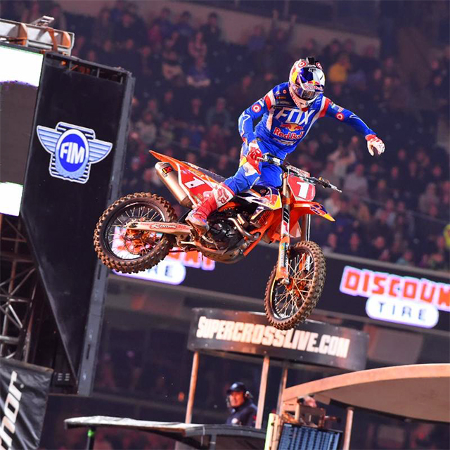 Ryan Dungey extends his championship lead - pic Cudby