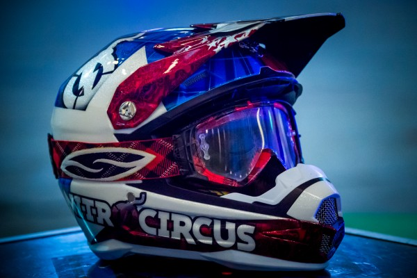 Travis-Pastrana-Nitro-Circus_1281-600x400