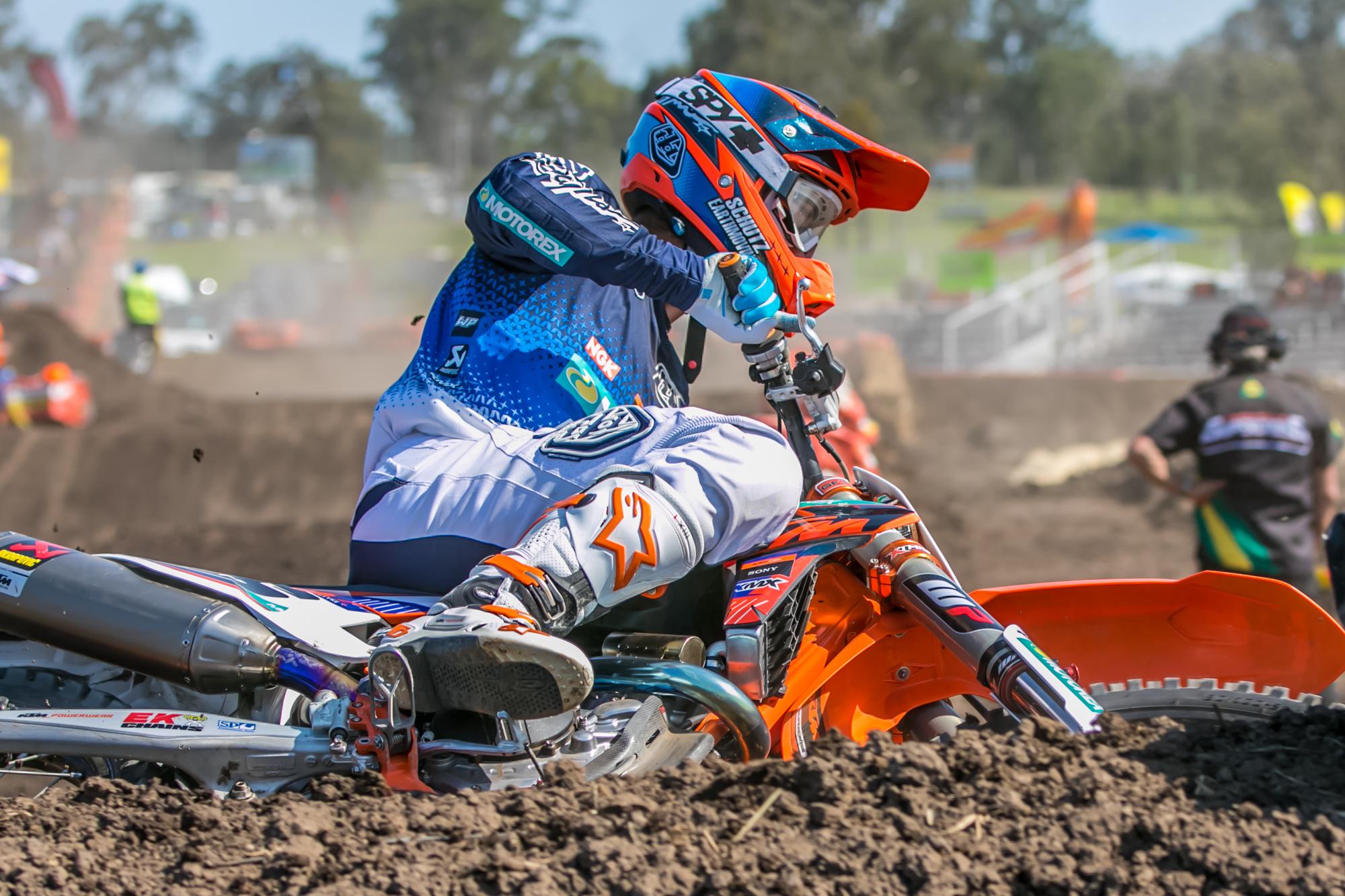 2015 ASX Round 4   Dirt Action-10