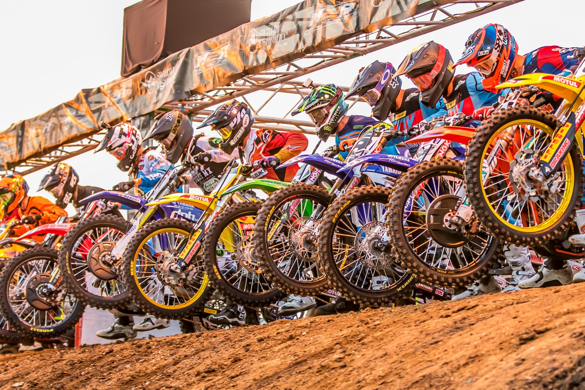 2015 ASX Round 4   Dirt Action-25