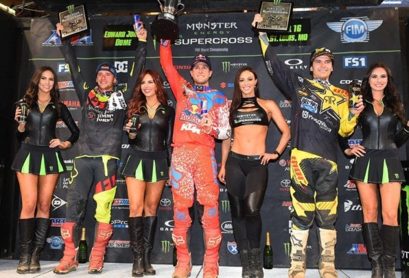 Video: St. Louis Supercross Highlights
