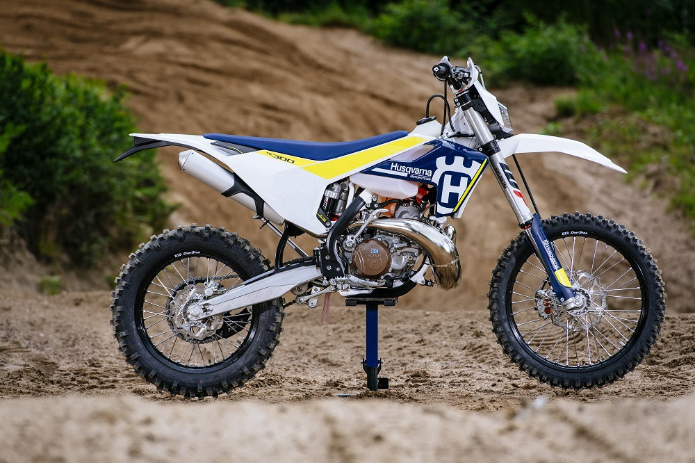 HUSQVARNA INTRODUCES FUEL-INJECTED 2-STROKE ENDURO MODELS