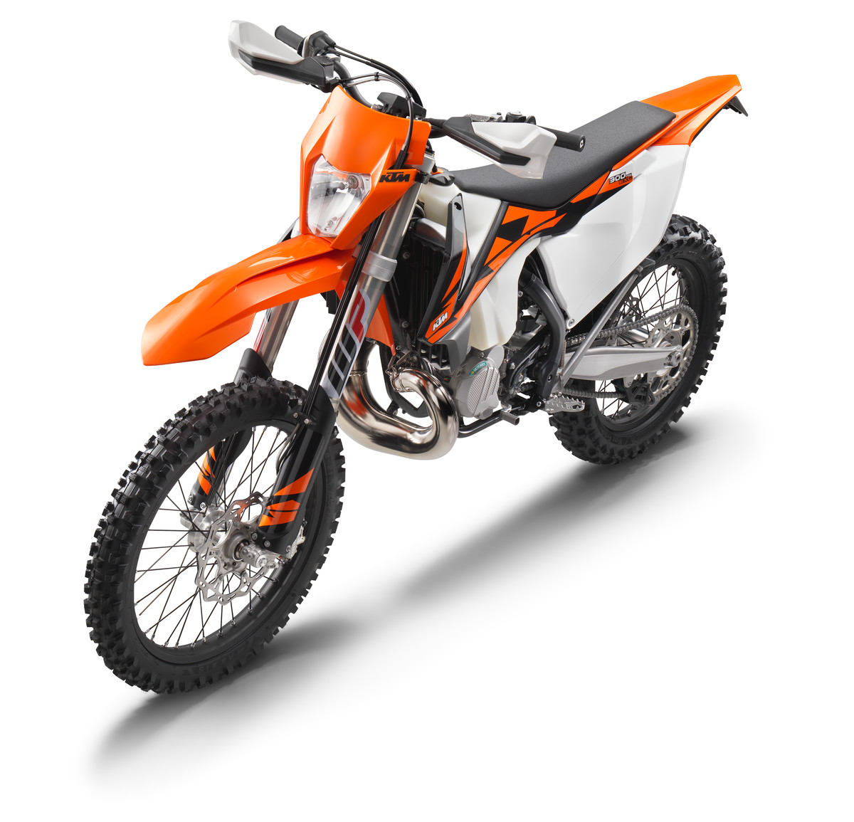 photo gallery 2018 ktm exc range dirt action. Black Bedroom Furniture Sets. Home Design Ideas
