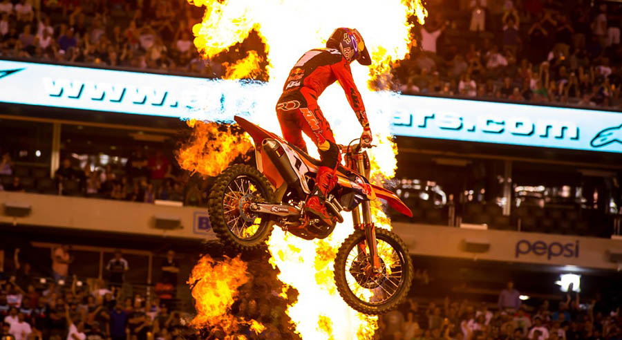VIDEO: AMA SUPERCROSS HIGHLIGHTS – EAST RUTHERFORD