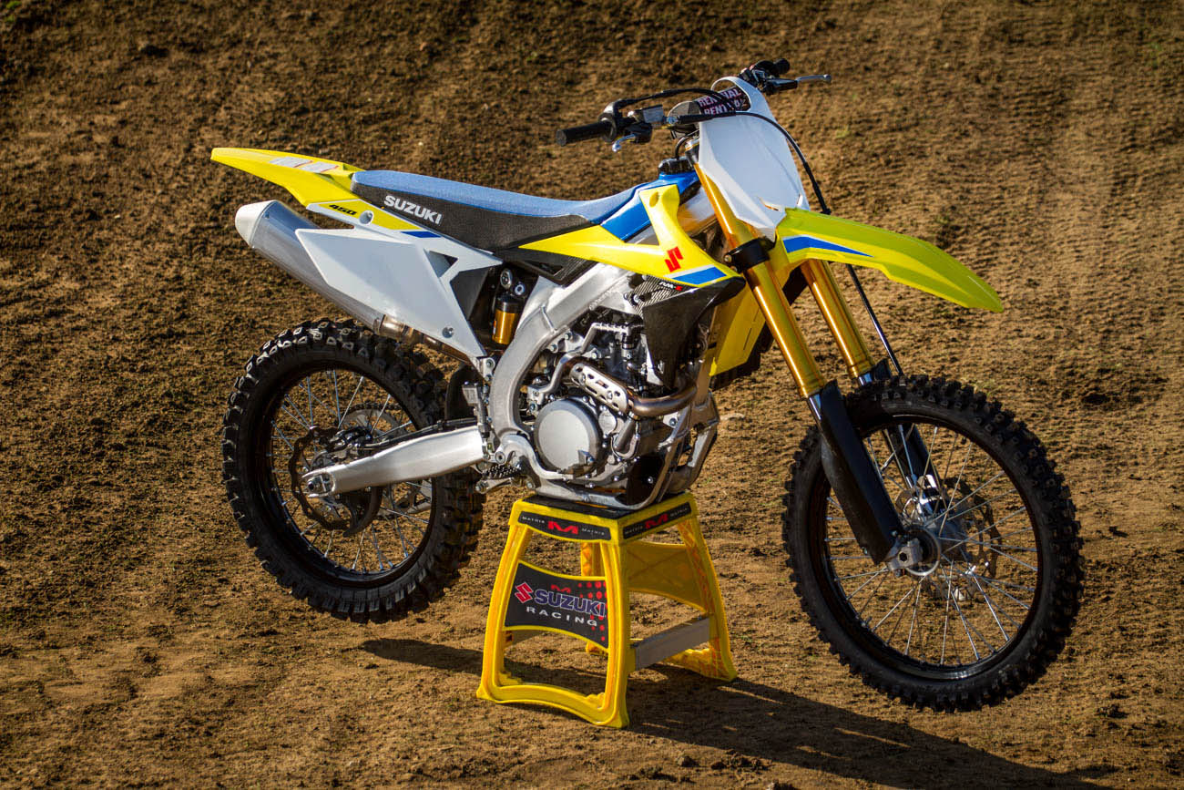 2018 suzuki dirt bikes. fine dirt well itu0027s slated as an all new bike and it pretty much is a look  thanks to redesigned plastic the addition of some blue which i personally really  inside 2018 suzuki dirt bikes o