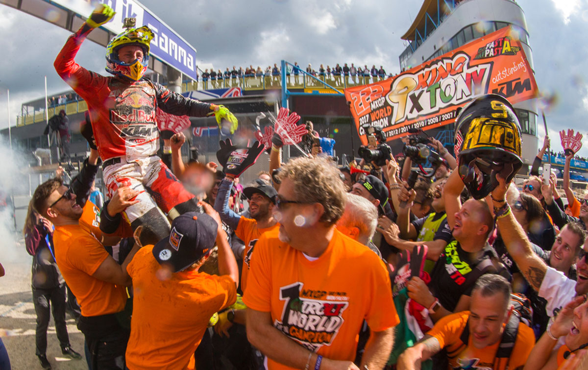 Tony Cairoli 450 SX-F World Champion