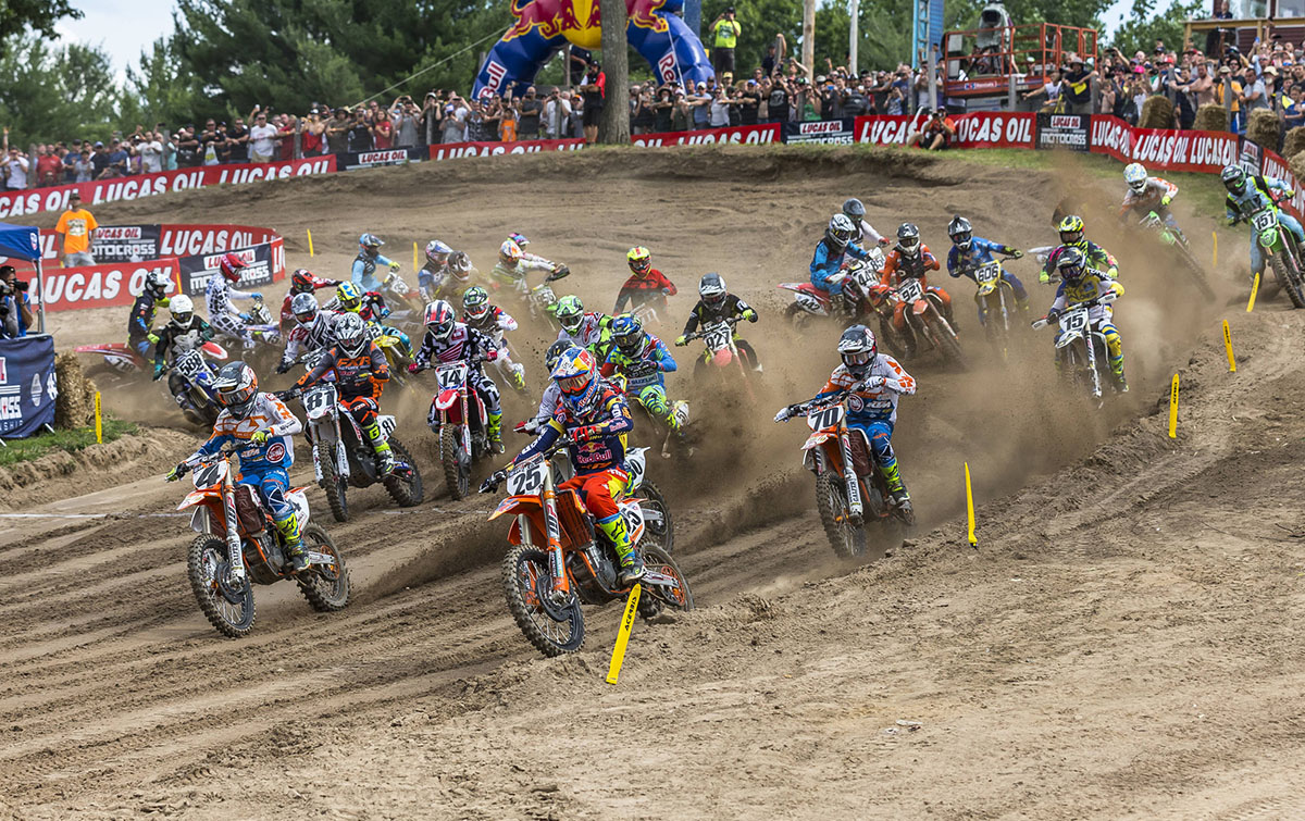 Marvin Musquin grabs the holeshot at Round Seven of the 2017 AMA Motocross Series at The Wick MX338 in Southwick, Massachusetts, USA on 08 July 2017. // Garth Milan/Red Bull Content Pool // P-20170710-00228 // Usage for editorial use only // Please go to www.redbullcontentpool.com for further information. //