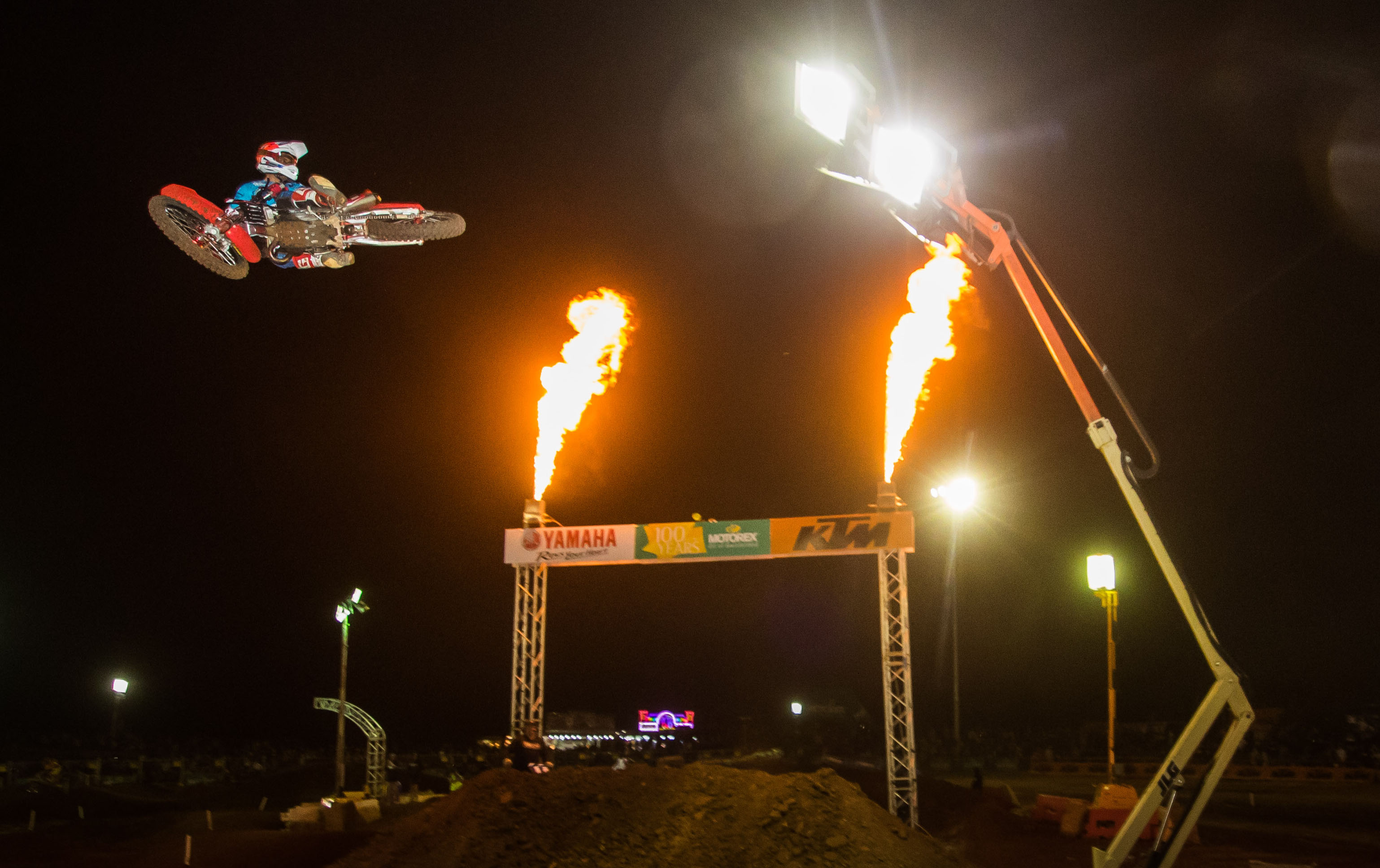 PHOTO GALLERY: AUSTRALIAN SUPERCROSS ROUND TWO